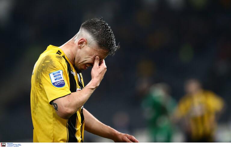 Αγωνία στην ΑΕΚ για Σιμόες και Λιβάγια! Αμφίβολοι για το ντέρμπι με Ατρόμητο | Newsit.gr