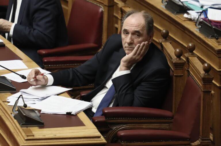 """Σταθάκης : """"Συνελήφθη""""… στην Βουλή ενώ είχε ενημερώσει ότι θα είναι στο εξωτερικό"""
