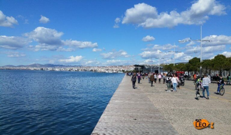 Θεσσαλονίκη: Κοίταξαν μέσα στη θάλασσα και προσπαθούσαν να πιστέψουν στα μάτια τους [pic]