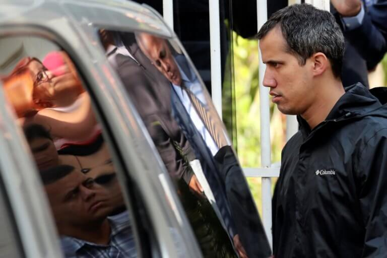 """Βενεζουέλα: Συνέλαβαν το """"δεξί χέρι"""" του Χουάν Γκουαϊδό!"""