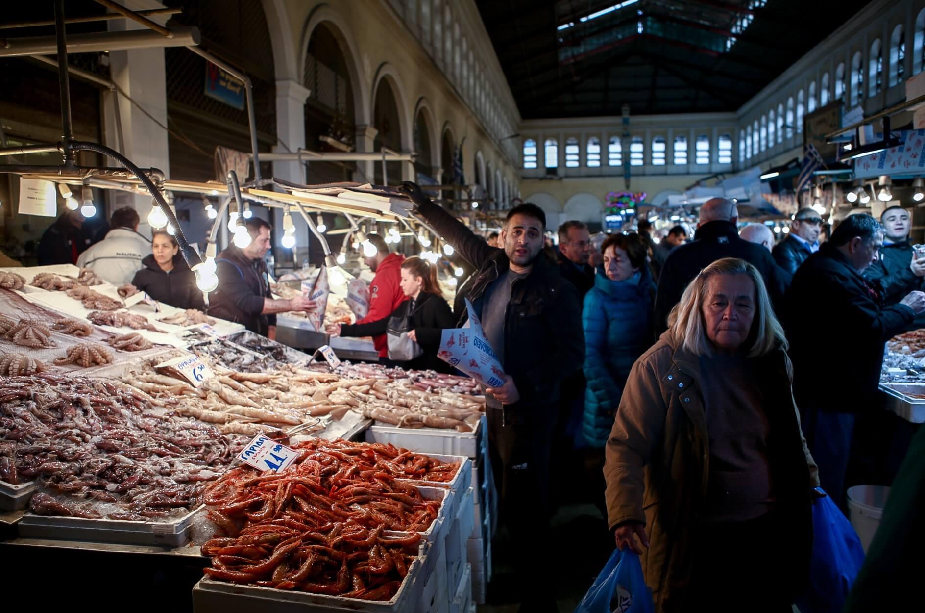 Καθαρά Δευτέρα: Βραδινά ψώνια σε Βαρβάκειο και Ρέντη! Ποιο το ωράριο