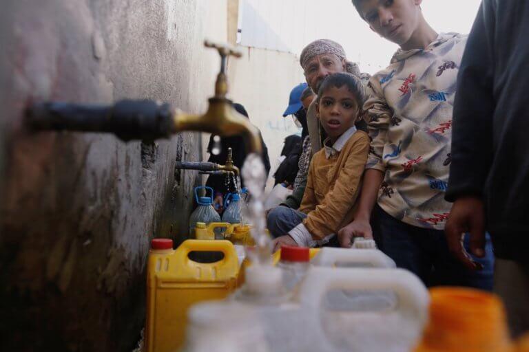 Unicef: Το βρόμικο νερό σκοτώνει περισσότερα παιδιά από τις σφαίρες!