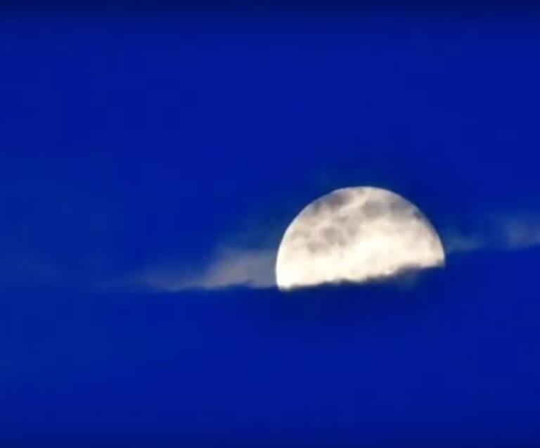 """Ναύπλιο: Μαγευτική """"σούπερ πανσέληνος"""" – Χαϊδεύει τη Γη απόψε το φεγγάρι! – video"""