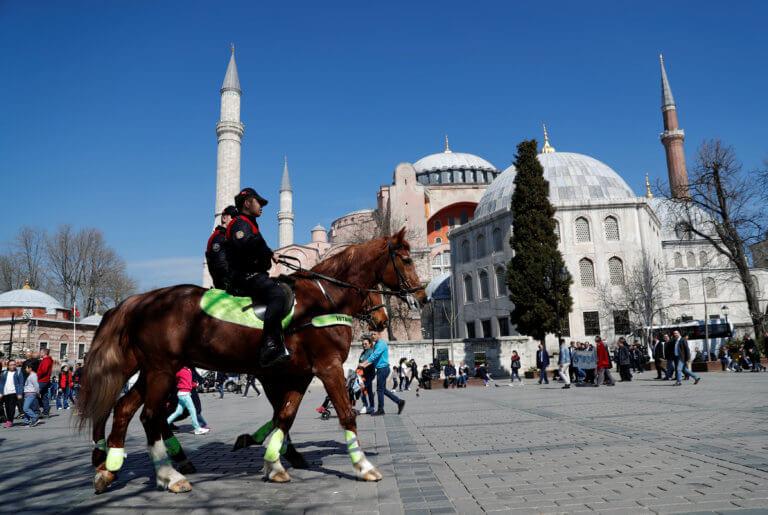 Ερντογάν: Ιερουσαλήμ πρωτεύουσα του Ισραήλ ο Τραμπ; Τζαμί την Αγιά Σοφιά εγώ!