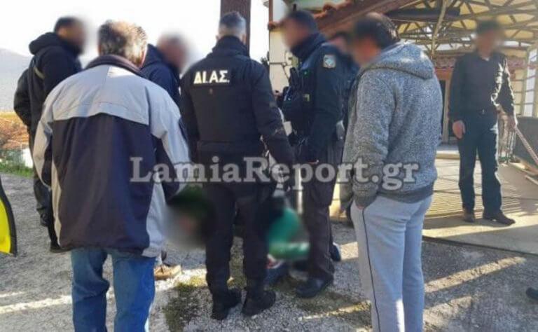 Λαμία: Γειτονιά στους Αγίους Θεοδώρους κυνήγησε και… συνέλαβε διαρρήκτη! [pic] | Newsit.gr