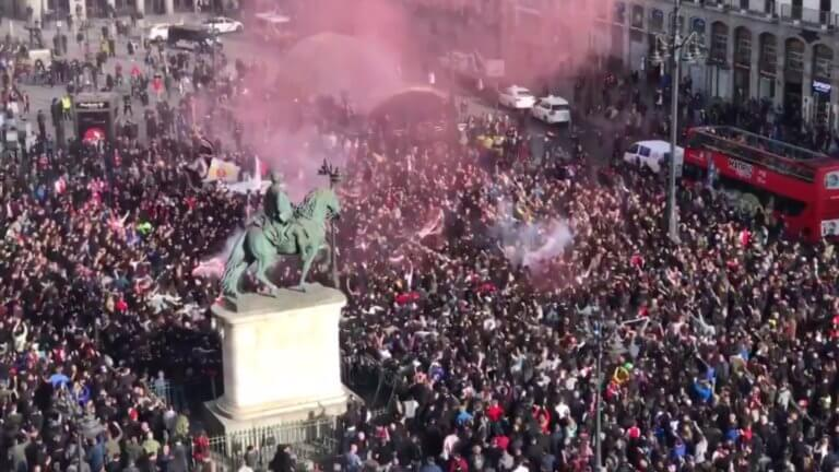 «Κατέκλυσαν» τη Μαδρίτη οι οπαδοί του Άγιαξ! – video | Newsit.gr