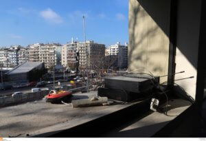 Θεσσαλονίκη: Φωτιά μέσα στο ΑΠΘ – Έτρεχε και δεν έφτανε τη νύχτα η Πυροσβεστική!