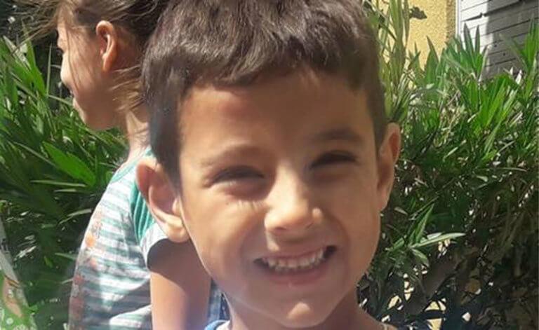 Απίστευτο! Πεντάχρονος χάθηκε στην έρημο και βρέθηκε σώος 24 ώρες μετά