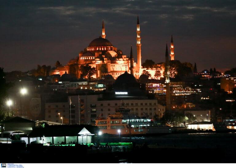 """Ερντογάν: Να κάνουμε την Αγία Σοφία τζαμί με το όνομα τέμενος """"Ayasofya""""!"""