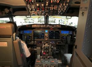 Boeing… στα τυφλά! Δεν μπορούσαν να τα πιλοτάρουν οι πιλότοι και τους αγνόησαν!
