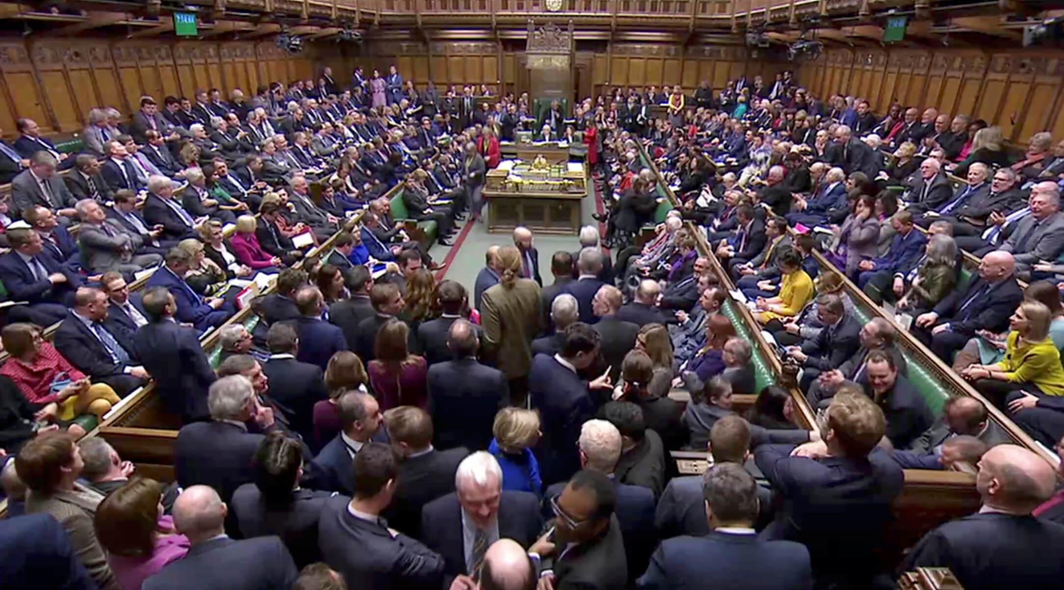 Brexit: Νέα συντριβή για την Μέι - Απορρίφθηκε με μεγάλη διαφορά το σχέδιό της από το Βρετανικό κοινοβούλιο