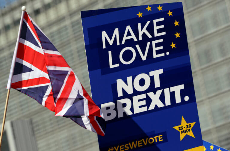 Stop Brexit λένε στη Βρετανία! Πάνω από 900.000 υπογραφές για ανατροπή της εξόδου από την ΕΕ