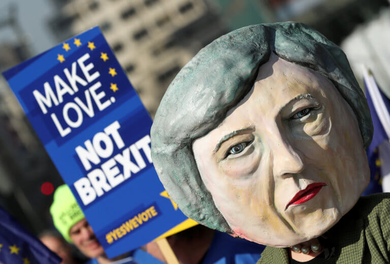 Stop Brexit: Ξεπέρασαν το ένα εκατομμύριο οι υπογραφές για παραμονή της Βρετανίας στην ΕΕ