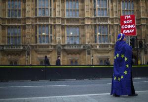 Brexit: Παράταση μέχρι τις 22 Μαΐου φέρεται να δίνει η ΕΕ – Προϋπόθεση να ψηφιστεί η συμφωνία στο βρετανικό κοινοβούλιο