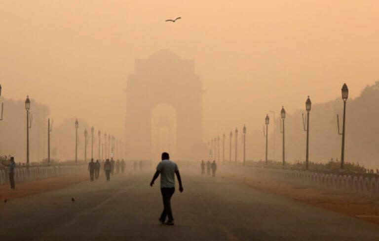 Ανάσα και… λιποθυμία στο Νέο Δελχί