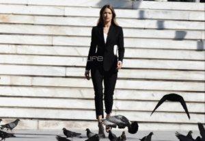 Doutzen Kroes: Το πρώην μοντέλο της Victoria's Secret σε μια εντυπωσιακή φωτογράφιση στο κέντρο της Αθήνας! [pics]