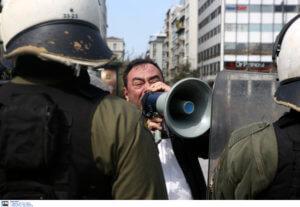 25η Μαρτίου: Έδιωξαν διαδηλωτές από την παρέλαση! Φώναζαν κατά της συμφωνίας των Πρεσπών [pics]