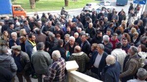 Κρήτη: Οργισμένες φωνές μετά τη βιβλική καταστροφή – Στους δρόμους για τις πληγές της κακοκαιρίας – video