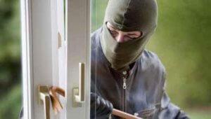 Τα μυστικά που θα κρατήσουν τους διαρρήκτες έξω από το σπίτι σας!