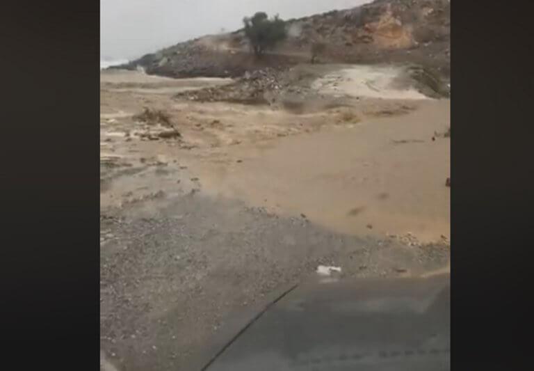 Καιρός: Επικίνδυνη ιρλανδική διάβαση στην Κρήτη – video