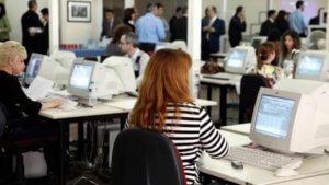 «Πέφτουν» οι υπογραφές για τα ηλεκτρονικά έγγραφα στο Δημόσιο