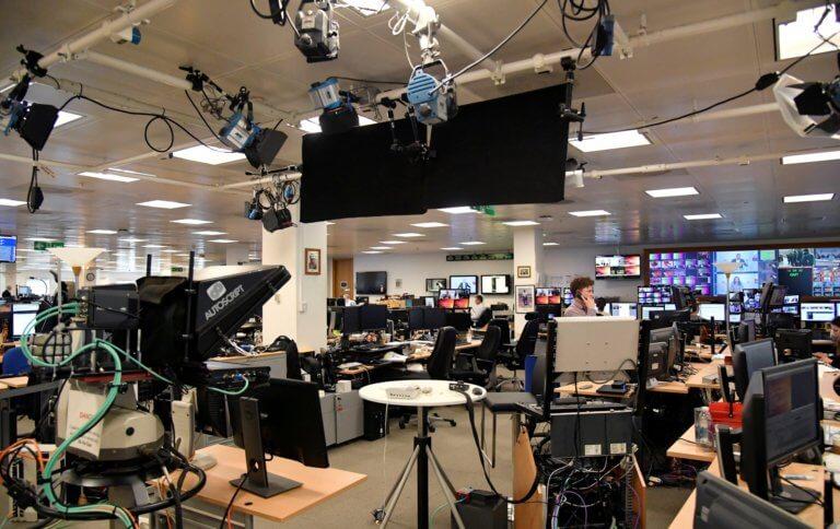 Ζάγκρεμπ: Οι δημοσιογράφοι καταγγέλλουν πολιτικούς και δικαστές για πιέσεις και απειλές! | Newsit.gr
