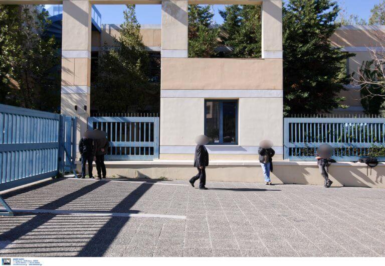 Πουλούσαν παράνομα διπλώματα οδήγησης χωρίς εξετάσεις! | Newsit.gr