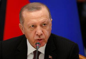 Άρχισε και τις μηνύσεις ο Ερντογάν! Στα δικαστήρια πάει την ηγέτιδα του δεξιού κόμματος