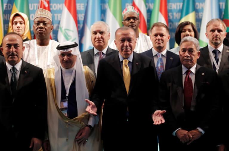 Ερντογάν: Καταπολεμήστε το μίσος κατά του Ισλάμ όπως τον αντισημιτισμό