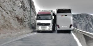 Κρήτη: Οι ελιγμοί του τρόμου σε δρόμους «κόλαση» – Εικόνες που κόβουν την ανάσα