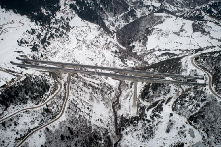 Καιρός: Απαγόρευση κυκλοφορίας οχημάτων άνω των 3,5 τόνων στην Εγνατία σε Ροδόπη και Ξάνθη | Newsit.gr