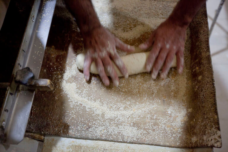 """Βοιωτία: Ο φούρναρης ήταν πολύ σκληρό καρύδι – Δεν """"μάσησε"""" από τα όσα συνέβαιναν δίπλα του!"""