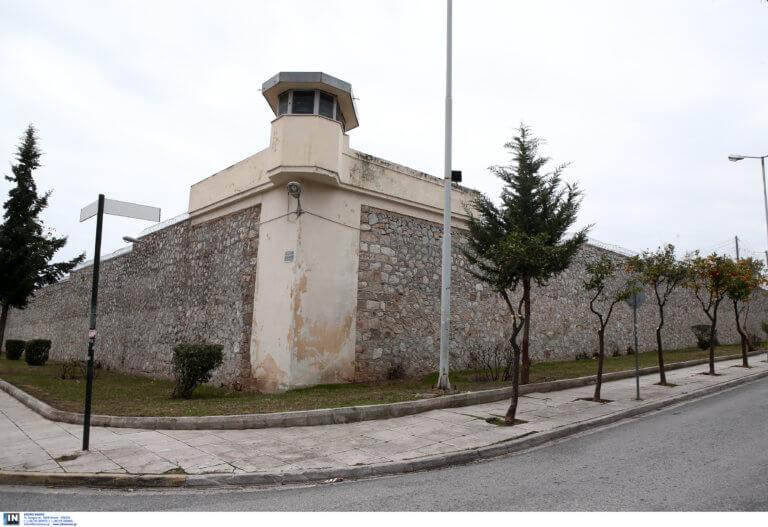 Καταγγελία για νέο ξυλοδαρμό σωφρονιστικού υπαλλήλου από κρατούμενο φυλακών