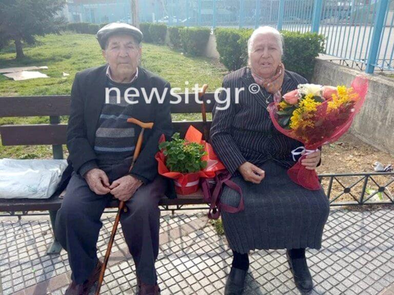 Αυτή είναι η 90χρονη γιαγιά που συνελήφθη επειδή πούλαγε πλεκτά παντοφλάκια