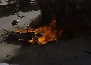 Μυστήριο με την έκρηξη σε πάρκινγκ στη Γλυφάδα – Ποιος είναι ο άνδρας που τραυματίστηκε