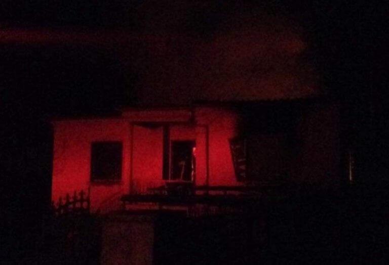Γρεβενά: Τραγωδία σε φλεγόμενο σπίτι – Οι πυροσβέστες δεν τον πρόλαβαν ζωντανό [pics] | Newsit.gr