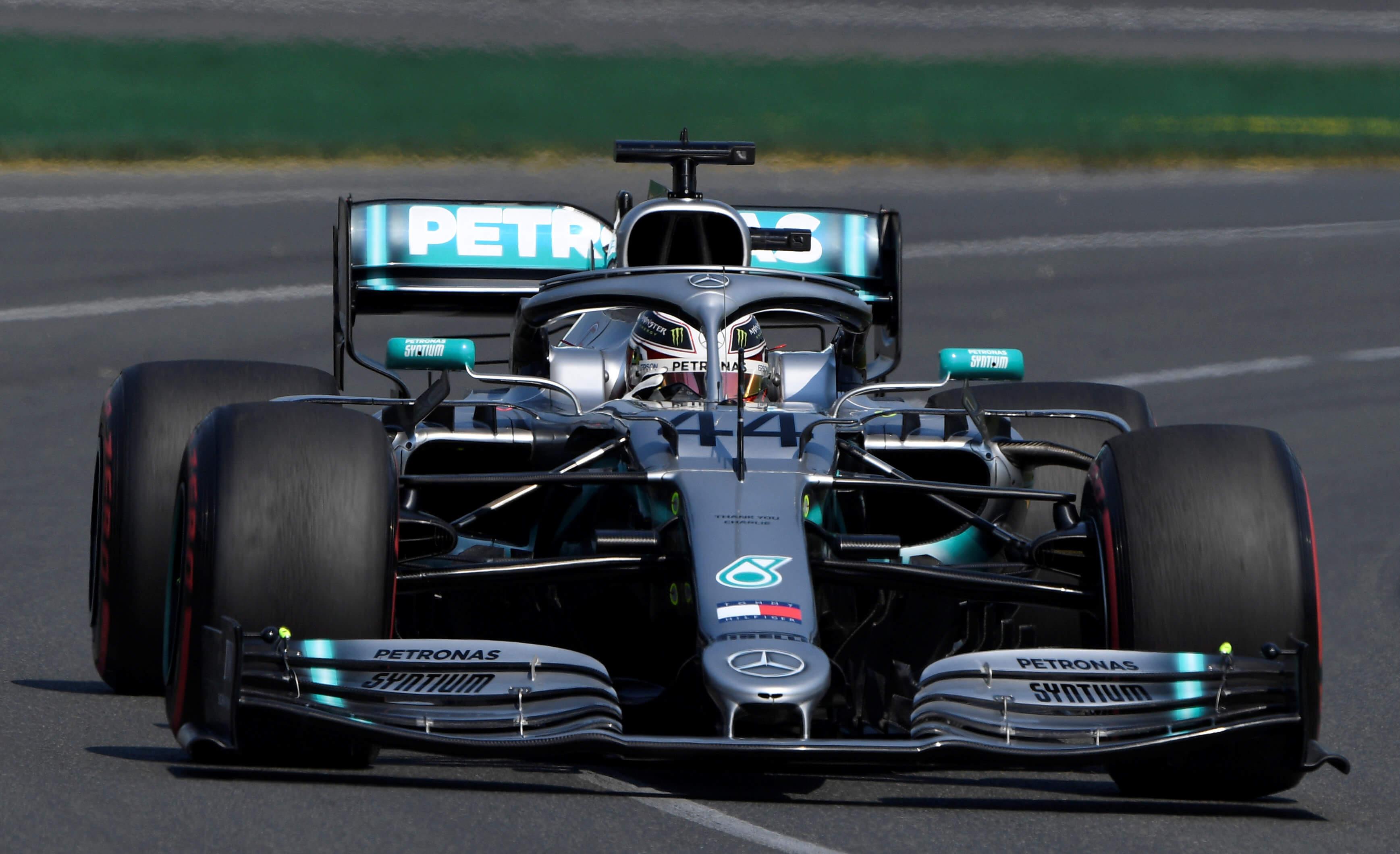 Formula 1: Πρώτος ο Φέτελ, αλλά νικητής ο Χάμιλτον! Τρομερός αγώνας στο Μόντρεαλ – video