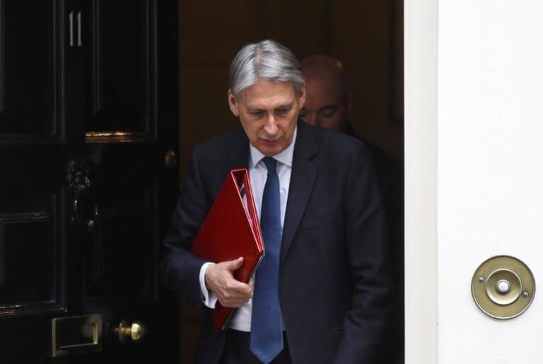 """Βρετανία: """"Βουλευτές αλλάζουν γνώμη το Brexit"""" δηλώνει ο υπ. Οικονομικών"""