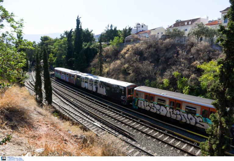 Ο πορτοφολάς δεν είχε τύχη – Είχε ρημάξει επιβάτες του Ηλεκτρικού | Newsit.gr