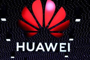 Στα δικαστήρια πάει η Huawei την κυβέρνηση των ΗΠΑ