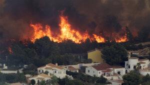 Ισπανία: Υψηλές θερμοκρασίες καίνε την χώρα! Πάνω από 100 πυρκαγιές