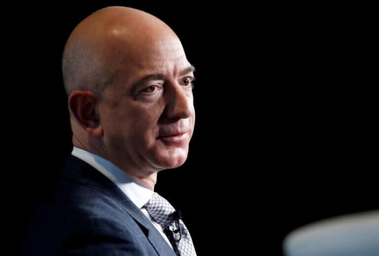 Ο Τζεφ Μπέζος παραμένει ο πλουσιότερος άνθρωπος στον κόσμο σύμφωνα με το Forbes   Newsit.gr
