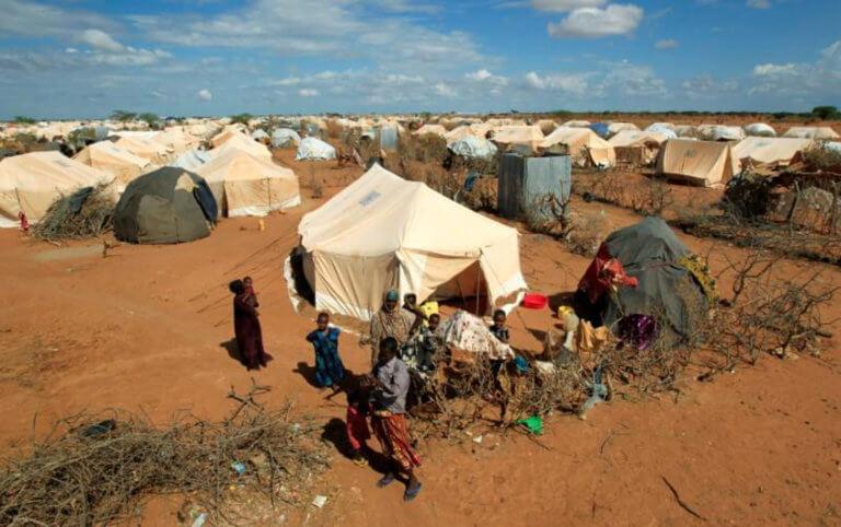 Η Κένυα κλείνει τον μεγαλύτερο καταυλισμό προσφύγων στην Αφρική