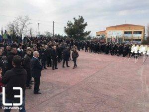 Δημήτρης Τσαλής: Ράγισαν καρδιές στην κηδεία του άτυχου πυροσβέστη – video, pics