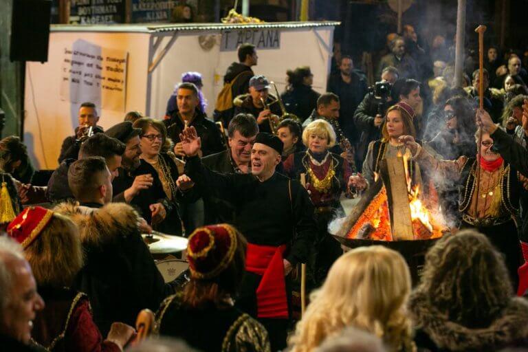 Το έθιμο των Φανών στην Κοζάνη [pics]