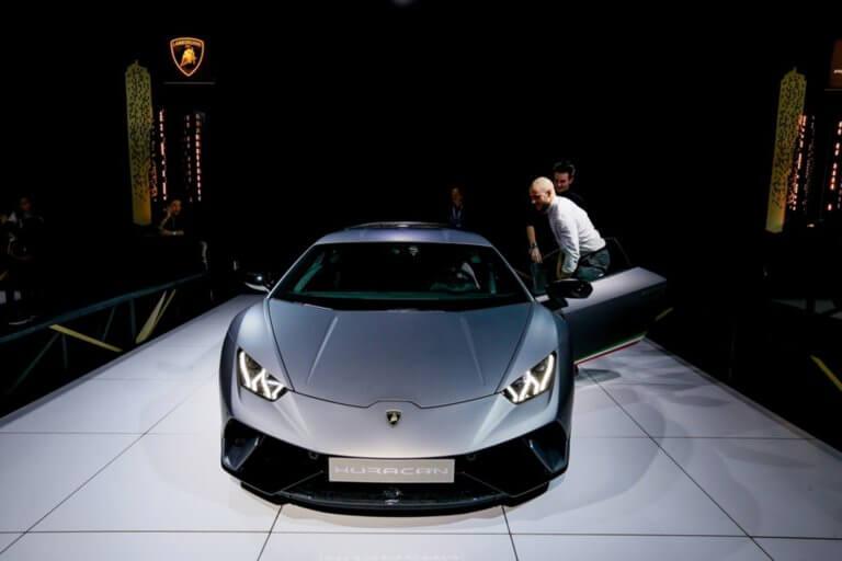 Αυτή η Lamborghini Huracan αξίας 250.000 δολαρίων σε ποιον ανήκει; | Newsit.gr