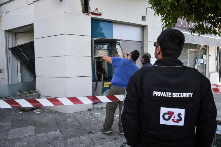 Θεσσαλονίκη: Νέα στοιχεία αποκάλυψαν την ταυτότητα ληστή 4 τραπεζών – Έτσι έβγαλε 60.000 ευρώ! | Newsit.gr