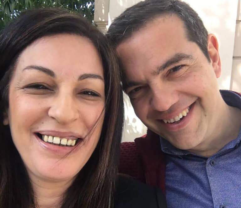 Ευρωεκλογές 2019: Η selfie της Μυρσίνης Λοϊζου με τον Αλέξη Τσίπρα | Newsit.gr