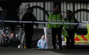 Συναγερμός στο Λονδίνο! Ύποπτο όχημα κοντά στο Κοινοβούλιο