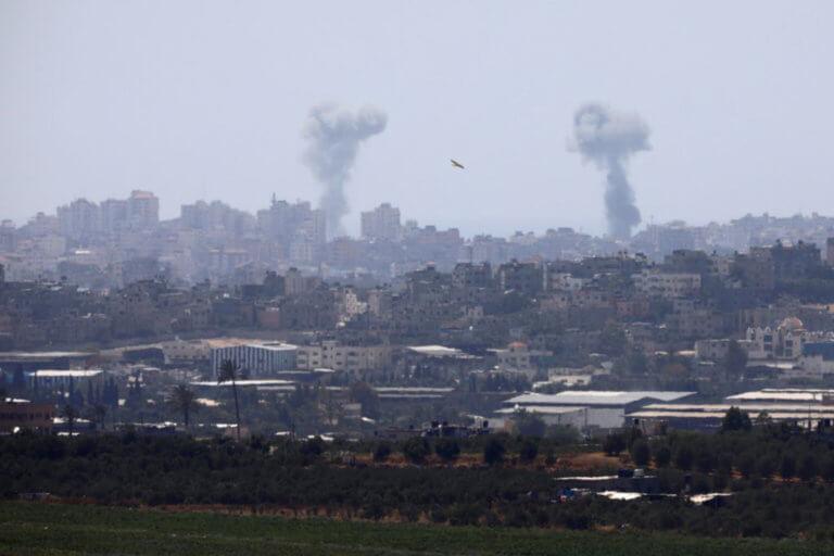 Λωρίδα της Γάζας: «Μπαράζ» Ισραηλινών βομβαρδισμών